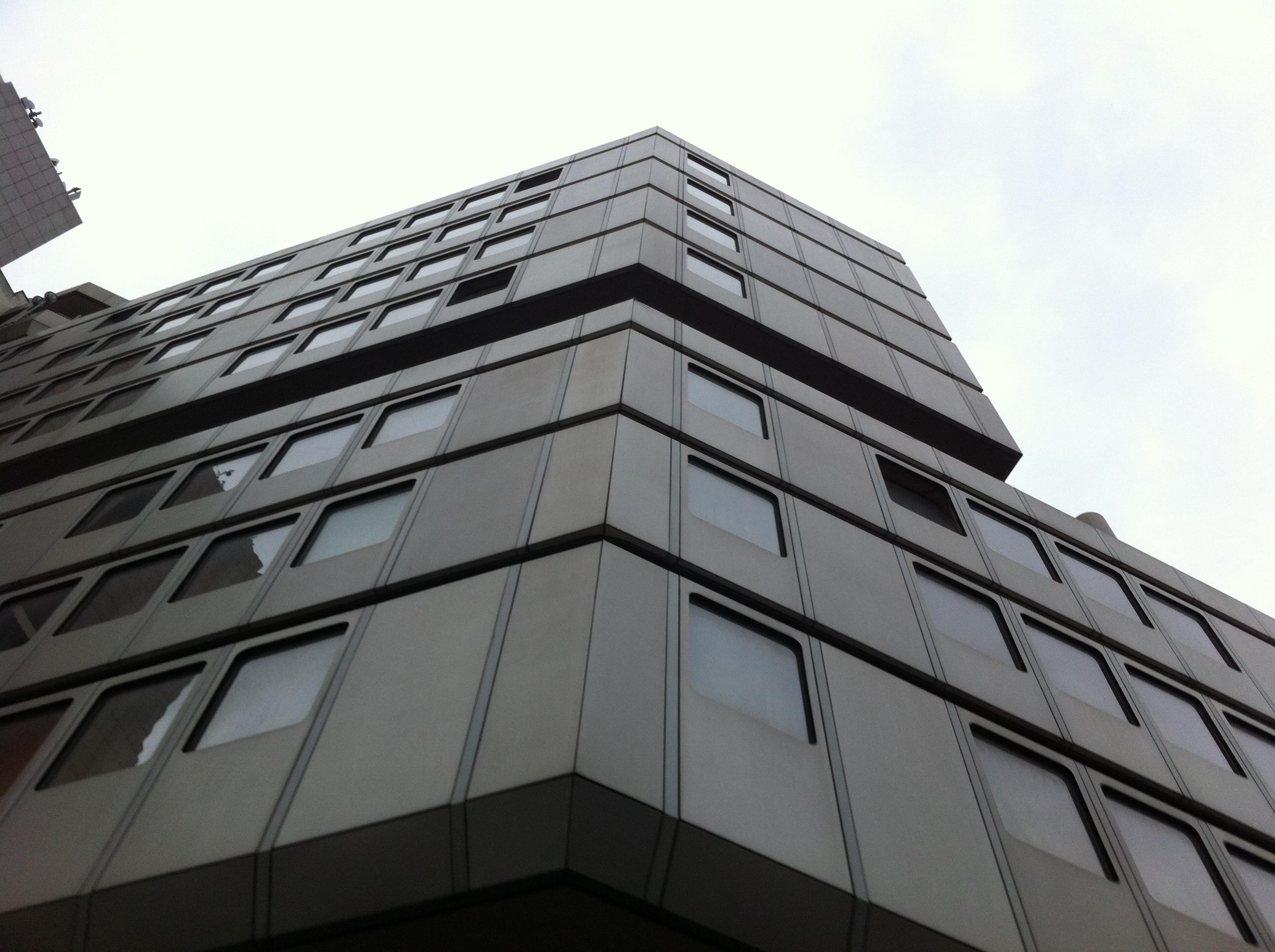 aufbau rollger st dach hotel in d sseldorf. Black Bedroom Furniture Sets. Home Design Ideas